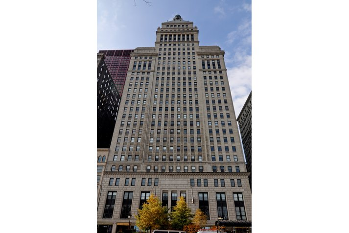 Metropolitan Tower Condos