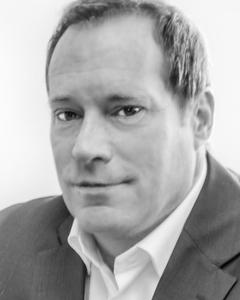 David G Kaminski