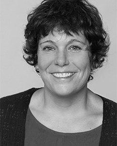 Yvonne Carns
